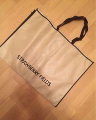 ストロベリーフィールズ ガーメントバッグ 衣類カバー キャリー