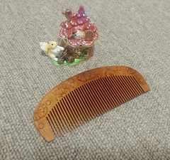 桃の木櫛★ハンドメイド★花の両面彫刻彫り★ゴールデンホホバオイル漬け♪クシ