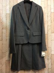 新品☆7号洗えるお仕事スカートスーツグレービット付き♪j977