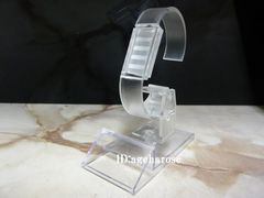 新品3 定形外可 腕時計スタンド 1個 アクリル 角度調節可能