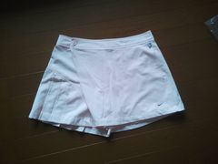 NIKEのテニススコートプリーツスコート薄いピンク色Mサイズ