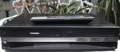 東芝/RD-W301/地デジVHS・HDD・DVD中古完動リモ付
