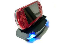 PSP2000/3000対応☆充電&AVDockスタンド/リモコン付☆f7