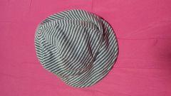 リバーシブル帽子/灰色×白/ボーダー×ドット