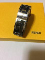 1スタ●美品 フェンディ シルバー腕時計 男女使用可能