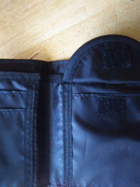★未使用 LIZLISA DOLL リズリサ ドール 二つ折財布  ハデ● < 女性ファッションの