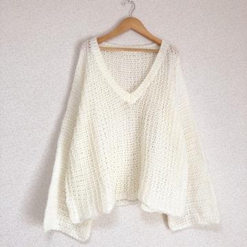 美品 ざっくり編みゆったり袖広ニット セーター♪