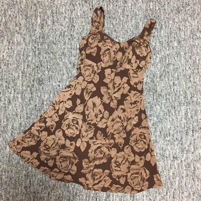 一体型ワンピース水着 ブラウン系 花柄  < 女性ファッションの