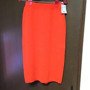 オレンジニットスカート