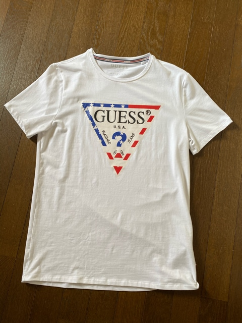 GUESS☆ロゴプリントTシャツ・美品  < ブランドの