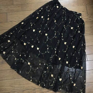新品イングINGNI立体花柄刺繍ブラック黒ロングチュールスカート