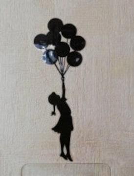 送料無料 バンクシー 風船で浮かぶ少女のウォールシール