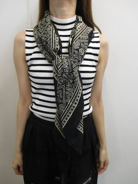ungrid スカーフ