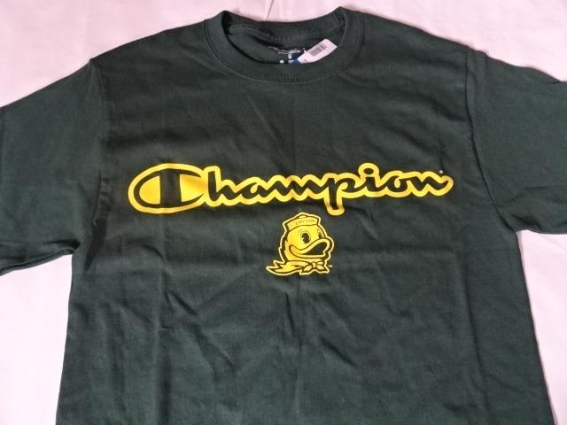 チャンピオン社製USカレッジ オレゴン大学ダックスTシャツUS M  < 男性ファッションの